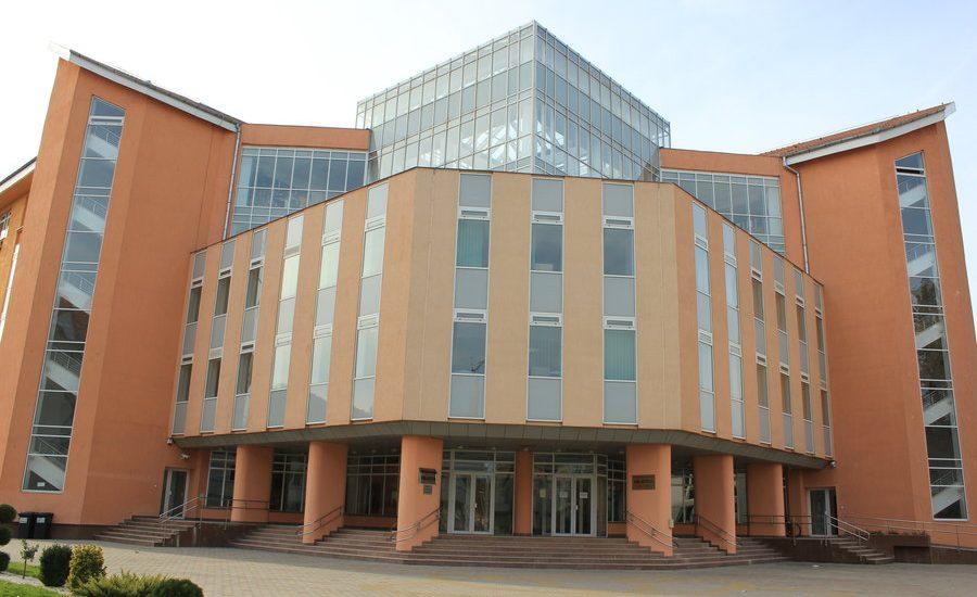 Universitatea Oradea va publica sambata listele de repartizare a locurilor de cazare pentru studenti