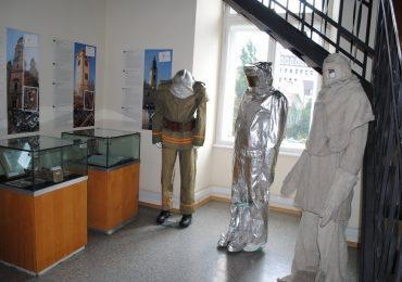 Expozitie turnul primariei ziua pompierilor