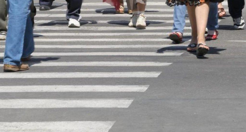 Atentie la culoarea semaforului! O femeie din Oradea a fost accidentata trecand pe rosu