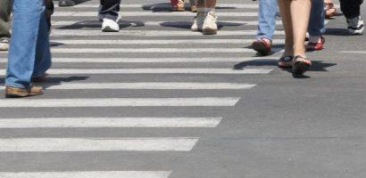 Lasitate la volan! Un tanar de 32 de ani din Oradea a accidentat o femeie pe trecerea de pietoni si a fugit