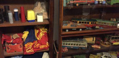 Oradenii sunt invitati sa doneze Muzeului Cetatii din Oradea obiecte din perioada comunista
