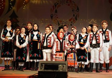 Grupurile de colindatori se pot inscrie, pentru a sustine concerte de colinde si cantece de iarna in Piata Unirii
