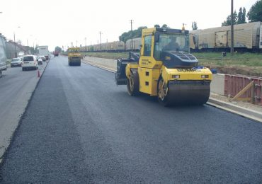 Continua lucrarile de reparatii la drumurle din judet. Vezi in ce zone va fi afectat traficul rutier