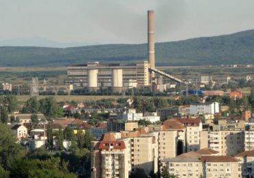 Cosul de fum de la CET II va fi demolat cu material exploziv, saptamana viitoare.