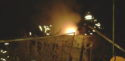 Batran gasit carbonizat in casa dupa stingerea unui incendiu din Girisu de Cris