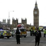 Incident terorist la Londra. O masina a secerat zeci de oameni pe podul de langa Parlamentul Britanic
