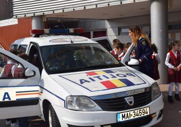 Saptamana politiei bihorene. Expozitie desene Oraselul Copiilor Oradea