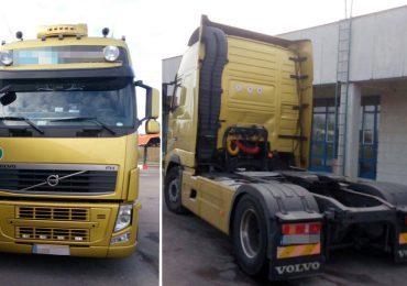 Cap tractor căutat de autoritățile române, descoperit in Vama Bors