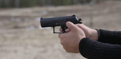 Pistolari de Oradea. Politia Locala a suprins si retinut doi indivizi ce trageau cu un pistol, fara sa posede permis
