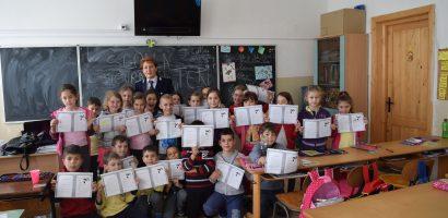 Politistii bihoreni alaturi de elevi si in anul scolar 2017-2018.