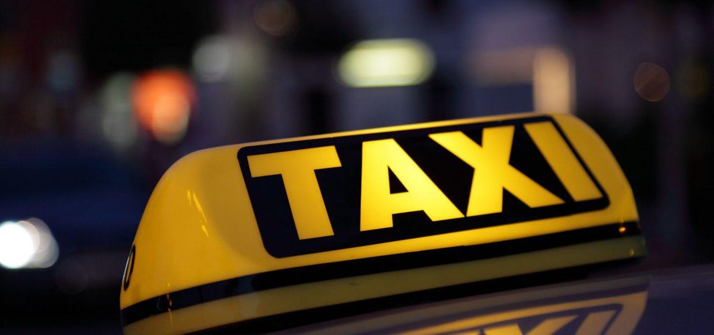 UPDATE: Agresorul a fost prins! Un taximetrist din Oradea a fost injunghiat intre Les si Nojorid