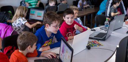 Prin Fondul Ştiinţescu, micii programatori orădeni în drum spre CoderDojo Coolest Projects Romania!