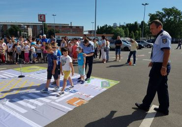 """Campanie de educaţie rutieră pentru copii şi părinţi """"Alege Viața – Vacanță în Siguranță"""""""