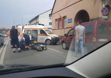 Motociclist accidentat pe Dimitrie Cantemir (FOTO)
