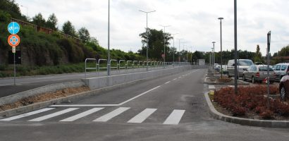 Amenajarea accesului la Aquaparkul Nymphaea se apropie de final. Strazi modernizate, sens giratoriu si parcare noua (GALERIE FOTO)