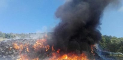50 de tone de fan au ars intr-un incendiu in localitatea Urvind (FOTO)