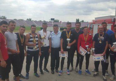 Pompierii bihoreni sunt vicecampioni naţionali la Servicii Profesioniste Pentru Situatii de Urgenta