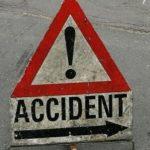 Pieton accidentat grav, pe marginea drumului, in Sacadat