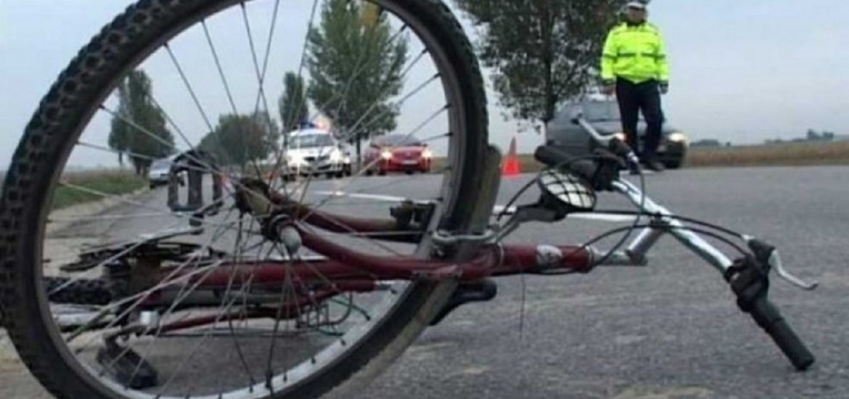 Biciclist accidentat mortal langa Draganesti. Circula pe axul drumului fara dotari de siguranta rutiera