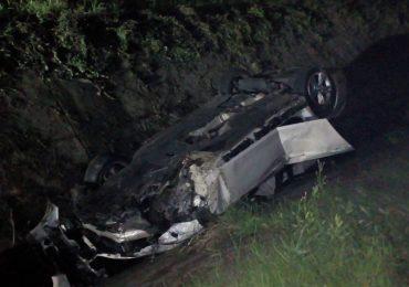 Accident grav pe drumul spre Padis. S-a rasturnat cu masina in sant si a murit