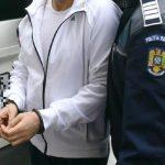 Un tanar de 16 ani din Cefa retinut de politisti dupa ce a dat cinci spargeri in Oradea