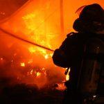 Tragedie chiar de ziua unui copil. Patru frati, toti minori, au ars de vii in propria casa