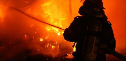 Incendiu la Podul Intelectualilor din Oradea, in aceasta noapte