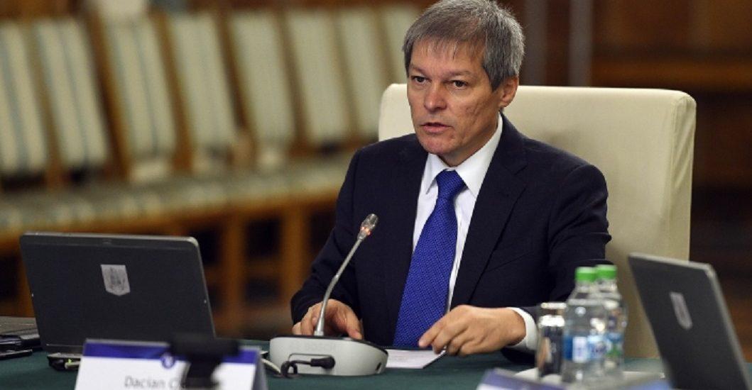 """Replica lui Ciolos la adresa PSD: """"Da, Suntem Guvenul zero corupţie, zero populism, zero minciuna"""""""