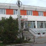 Hotelul Tineretului a fost cumparat de municipalitate. Va fi renovat si transformat in locuinte pentru sportivi