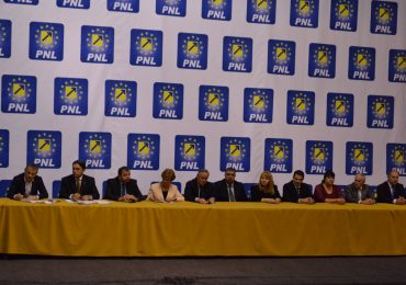 Parlamentarii PNL Bihor la unison: Guvernul marionetă al penalului Dragnea trebuie să plece!