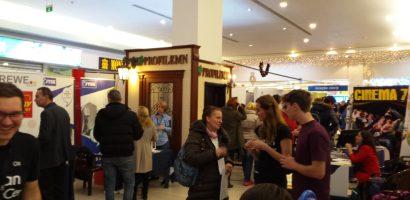Oferta bogata de joburi si peste 2000 de candidati la Targul de Cariere din Oradea. GALERIE FOTO