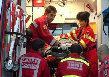 Coliziune frontala pe contrasens langa Marghita, o minora si 3 tineri au ajuns la spital