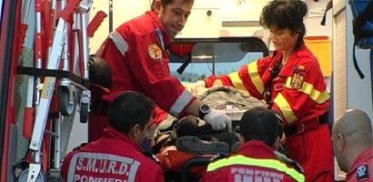 O femeie a ajuns la spital dupa ce a fost lovita de o masina pe str Tudor Vladimirescu din Oradea