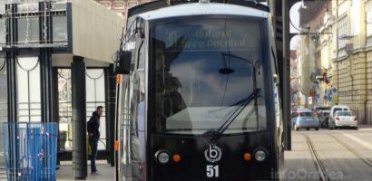 Se intrerupe circulatia tramvaielor de pe liniile 2, 1R si 3R.