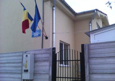 "Centrele sociale ""Candeo"" si ""Dignitas"" din Oradea isi cauta chiriasi"