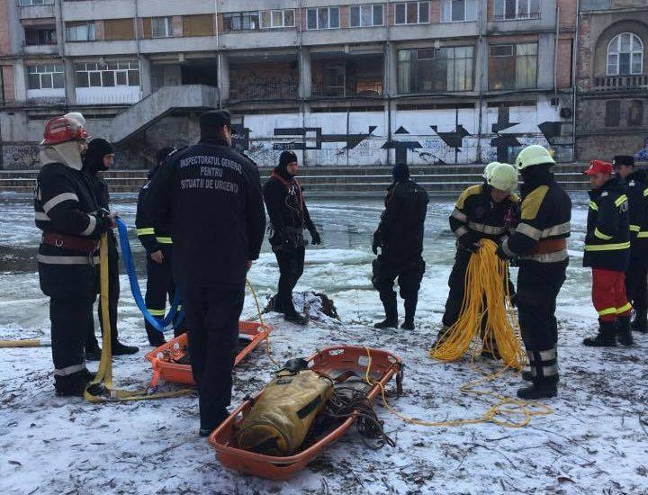 Persoana care a cazut sub gheata Crisului Repede, in 11 ianuarie, nu a mai fost gasita