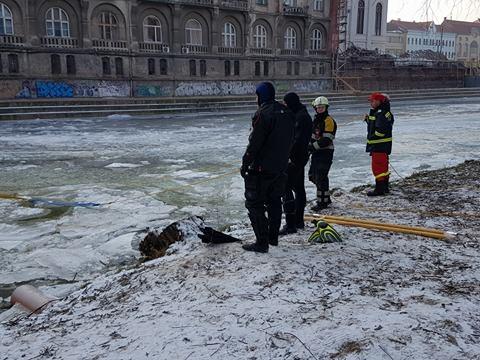 cazut sub gheata Oradea