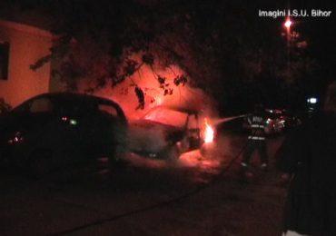 O masina a luat foc pe strada Tusnadului din Oradea