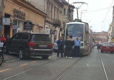 """Intarzieri in traficul OTL generate de blocarile cailor de rulare de catre """"soferi"""""""