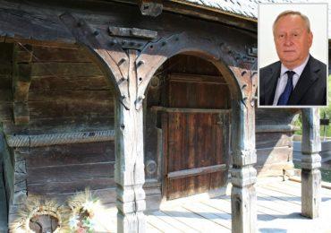 Senatorul PNL Bihor Cornel Popa, interesat de reabilitarea bisericilor de lemn din judet