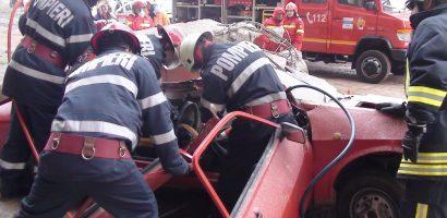 Exercițiu de descarcerare și acordare a primului ajutor calificat in Oradea