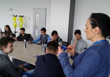 Elevii de gimnaziu din Bihor, în vizită la companiile din parcul industrial din Oradea. (FOTO)