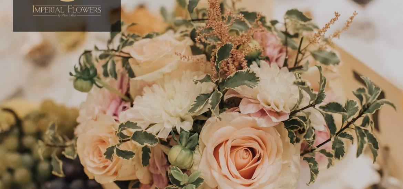 """""""După femei, florile sunt cele mai divine creații"""". Ofera iubitei tale un buchet elegant de flori, cu Imperial Flowers – by Patri Mică din Oradea"""