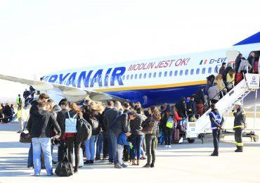 Zbor inaugural Oradea Barcelon (Girona) 26 martie 2017 Aeroportul Oradea