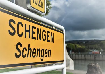 UE reintroduce controlul sistematic la frontierele sale, inclusiv pentru membrii ei