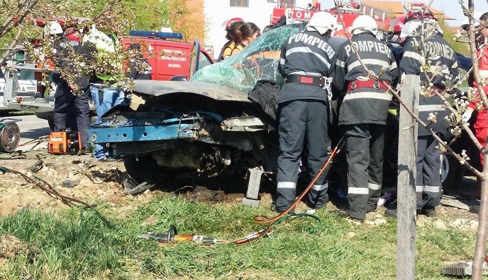 Update! Accident grav in Paleu. Soferul, de 26 de ani, din Oradea, nu poseda permis de conducere