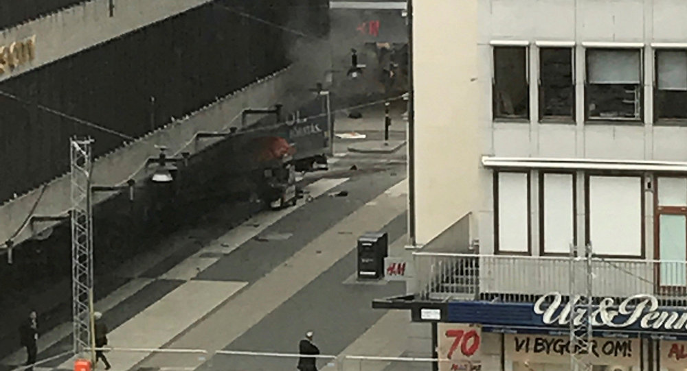 Incident Stockholm camion multime