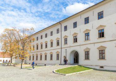 Programul de vizitare a Muzeului Cetății și Orașului Oradea, in preajma Zilei Nationale a Romaniei