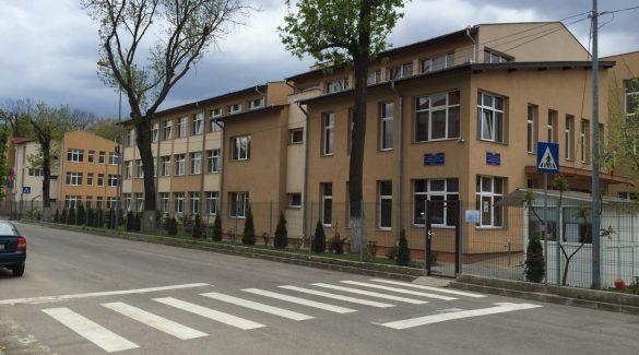 """Concurs Regional de Matematică Aplicată în Economie """"ECOMAT"""", la Colegiul """"Partenie Cosma"""""""