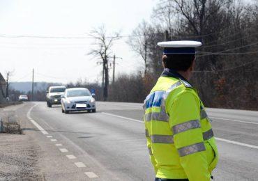 "Un barbat din Diosig a fost retinut de politisti, dupa ce a reusit ""performanta"" de a conduce beat, fara carnet, o masina neinmatriculata si cu numar fals"